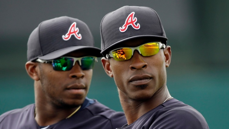 Upton Brothers Hit Back-to-Back HRs/Resemble Attractive Black Terminators
